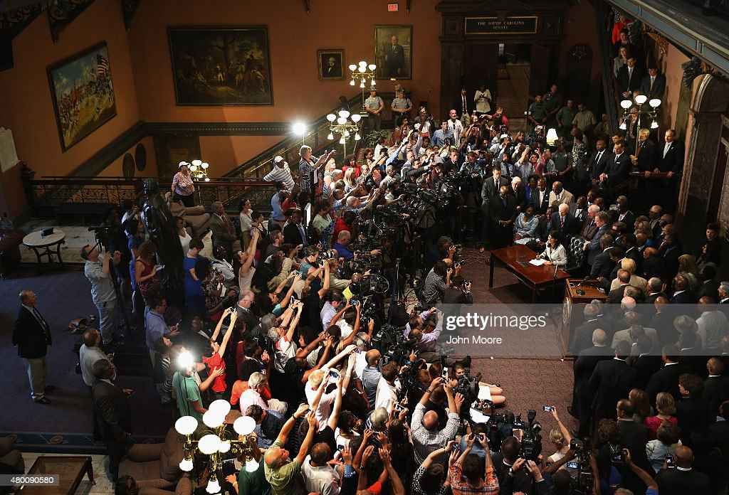 South Carolina Governor Nikki Haley signs a bill to remove the Confederate flag from the statehouse on July 9, 2015 in Columbia, South Carolina. The South Carolina House of Representatives had passed the measure earlier in the morning, clearing the way for the historic day.
