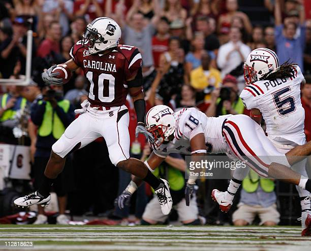 South Carolina's Brian Maddox scores a touchdown against Florida Atlantic in the first quarter at Williams Brice Stadium in Columbia South Carolina...