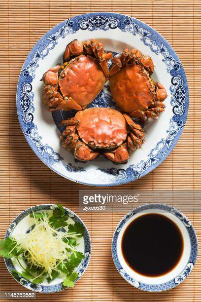 south china's favorite food:hairy crab,september and october are the peak months of the year,china - east asia. - 蒸し ストックフォトと画像