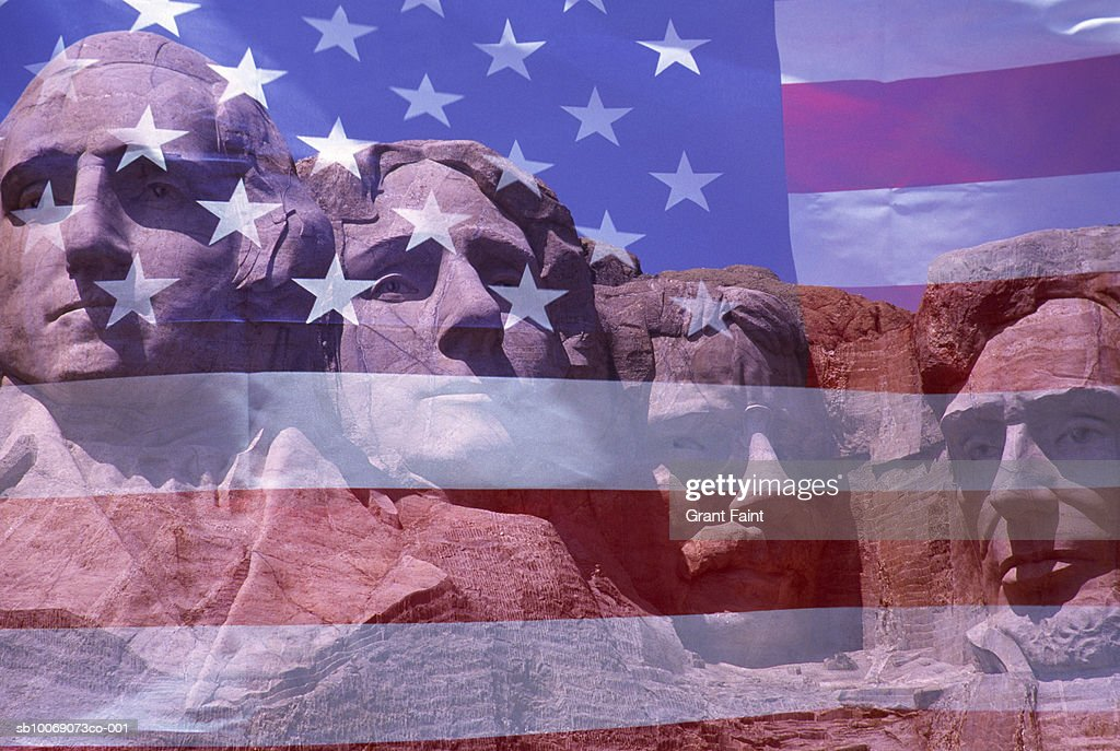 USA, South Dakota, American flag projected over Mount Rushmore : Stockfoto