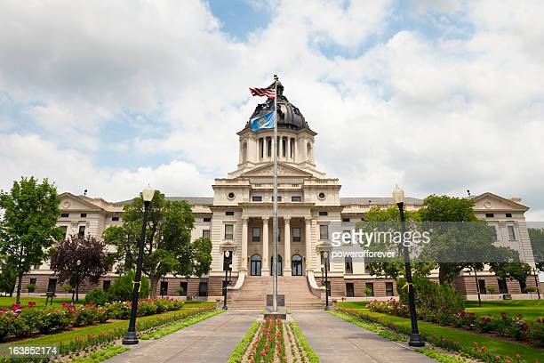 south dakota state capitol building - south dakota stock pictures, royalty-free photos & images