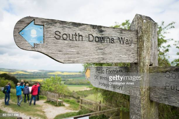 south downs way public footpath - portsmouth england stock pictures, royalty-free photos & images