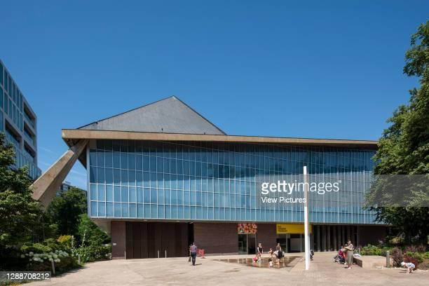 South elevation, main entrance. Design Museum, London, United Kingdom. Architect: RMJM London Ltd, 1962.