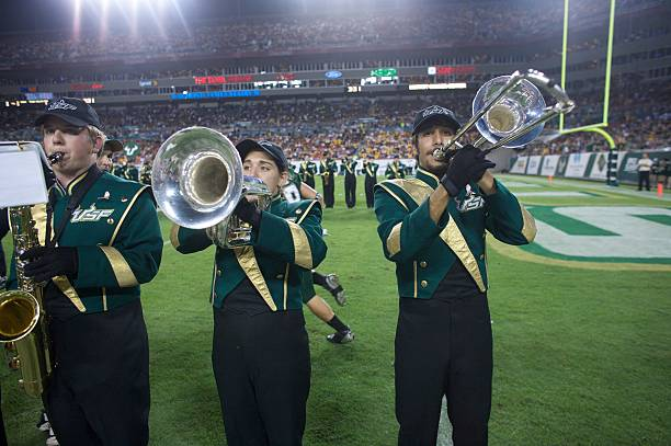 South Florida Band The Thundering Herd Plays Before Bulls 30 19 Win Over