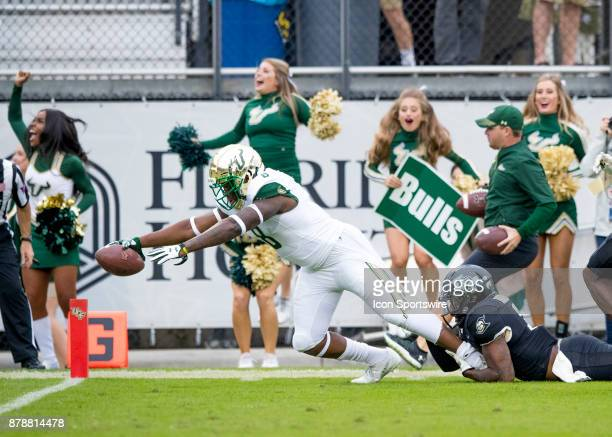 South Florida Bulls wide receiver Tyre McCants scores the first touchdown for the South Florida Bulls during the football game between the UCF...