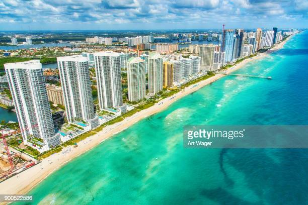 south florida coastline aerial - miami foto e immagini stock