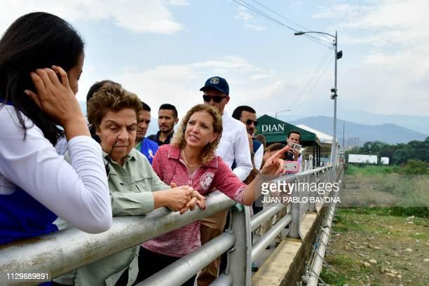 US' South Florida congresswomen Donna Shalala and Debbie Wasserman Schultz during their visit to the Simon Bolivar International Bridge in Cucuta...