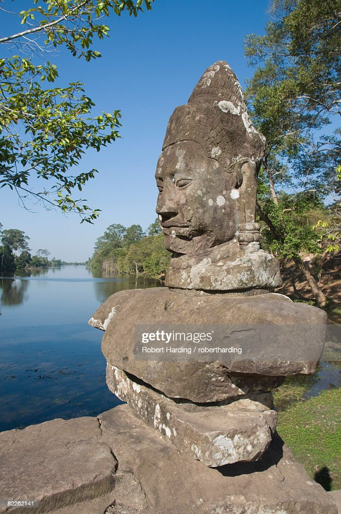 South Gate entrance to Angkor Thom, Angkor, UNESCO World Heritage Site, Siem Reap, Cambodia, Indochina, Southeast Asia, Asia : Stock Photo