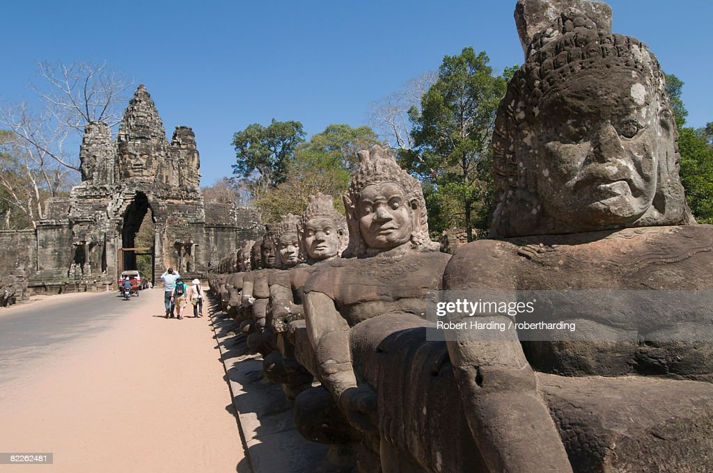 South Gate to Angkor Thom, Angkor, UNESCO World Heritage Site, Siem Reap, Cambodia, Indochina, Southeast Asia, Asia : Stock Photo