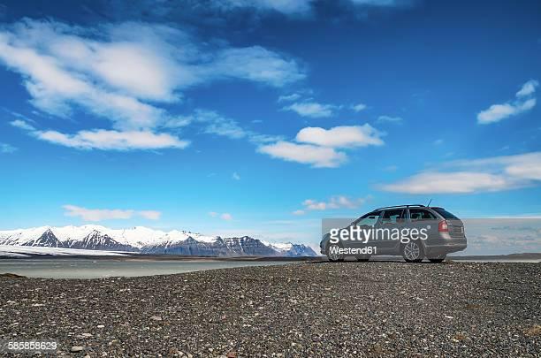 South Iceland, Vatnajoekull National Park, Breidarlon Lagoon, Glacier, car at view point