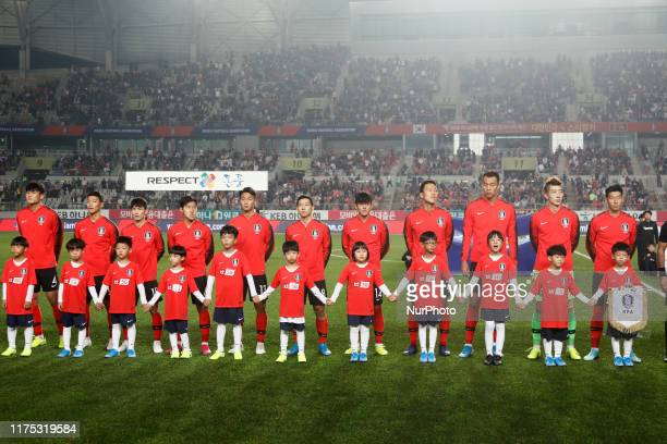 South Korea Players stand pose during an FIFA WORLD CUP QATAR 2022 AFC ASIAN CUP 2023 Preliminary Joint Qualification Round 2 at Hwasung Sports...