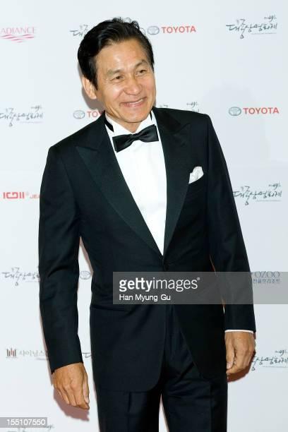 South Korean actor Ahn SungKi attends the 49th Daejong Film Awards at KBS Hall on October 30 2012 in Seoul South Korea