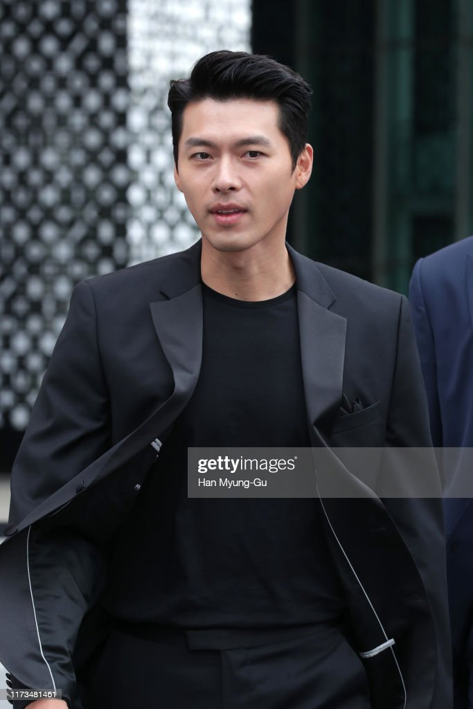 Hyun Bin Attends Photocall for OMEGA : News Photo