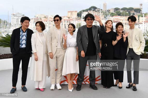 South Korean actor KangHo Song South korean actress Chang HyaeJin South Korean actor Lee SunKyun South Korean actress Cho YeoJeong South Korean...