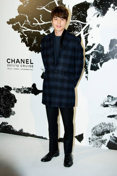 South Korean actor Lee DongWook arrives for the 2011/12 Cruse Collection by Chanel at AXKorea on November 10 2011 in Seoul South Korea Models...