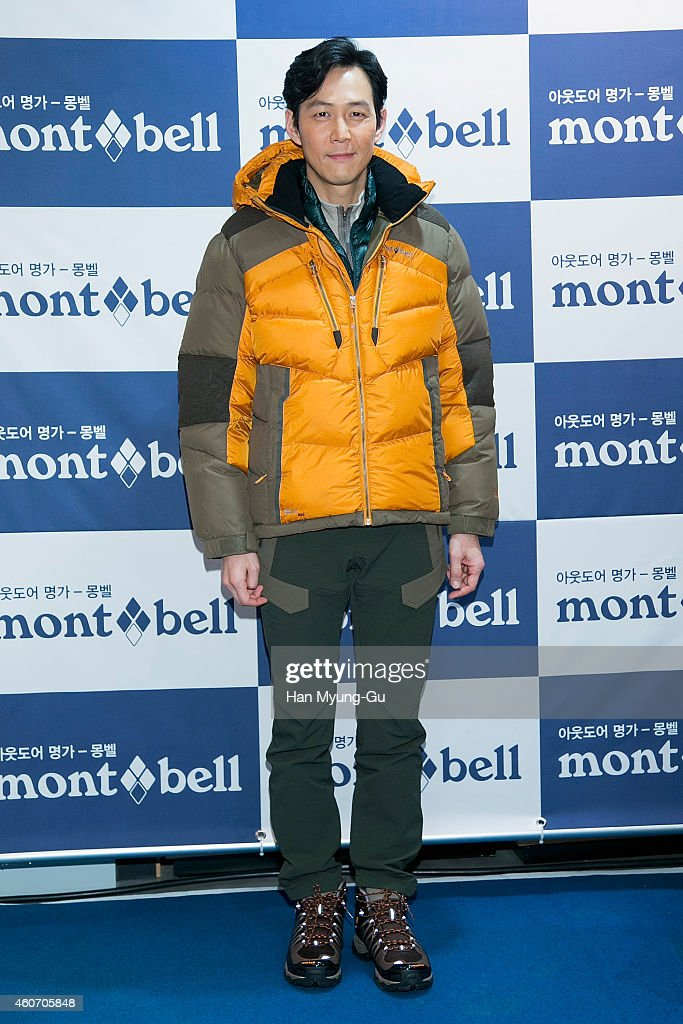Lee Jung-Jae Autograph Session For MontBell