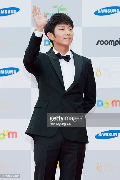 South Korean actor Lee JunKi arrives at the Seoul International Drama Awards 2013 at National Theater on September 5 2013 in Seoul South Korea