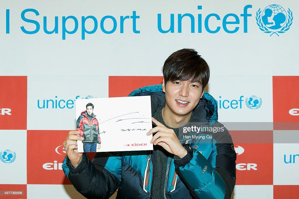 Lee Min-Ho Autograph Session For EIDER : News Photo