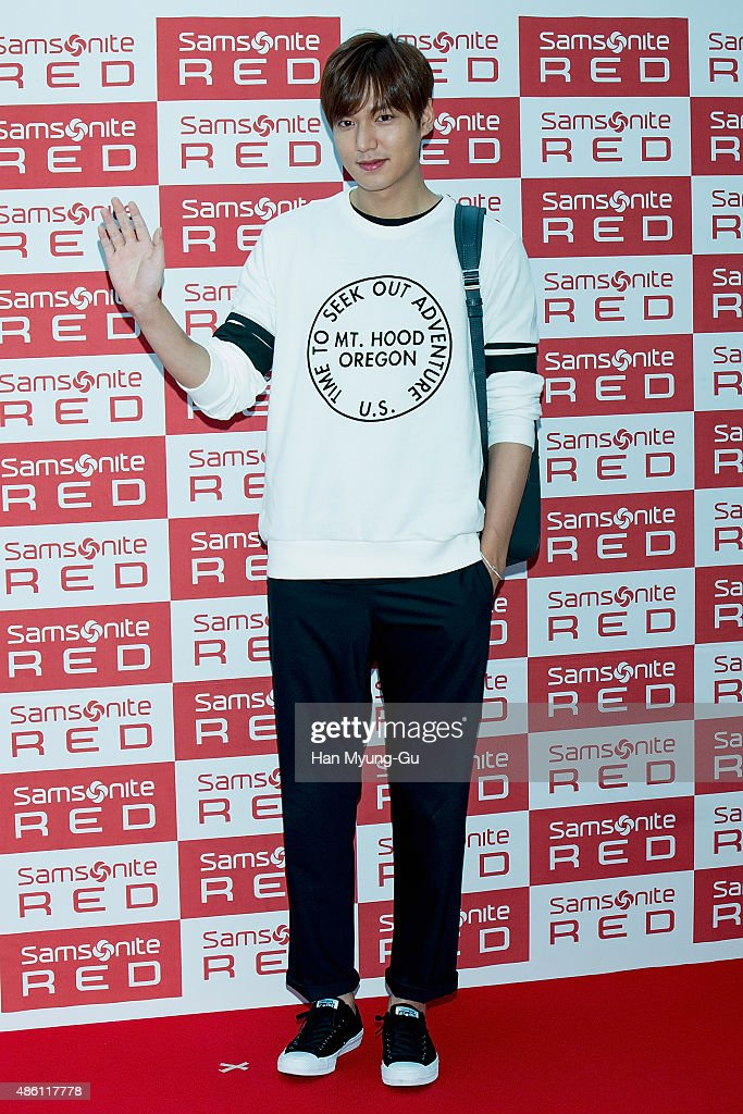 """Lee Min-Ho Autograph Session For Samsonite Red """"My Red Gallery"""""""