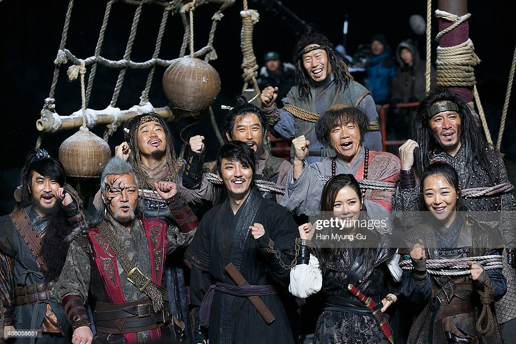 South Korean actors Lee Kyung-Young, Kim Nam-Gil, Son Ye-Jin and Sulli of girl group f(x) are seen on location for 'The Pirates' on December 12, 2013 in Namyangju, South Korea.