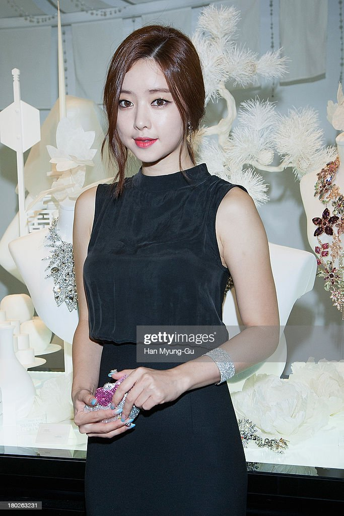 South Korean actress Hong Su-A (Hong Soo-Ah) attends 'SWAROVSKI' World Jewelry Facets at The Horim Art Center on September 10, 2013 in Seoul, South Korea.