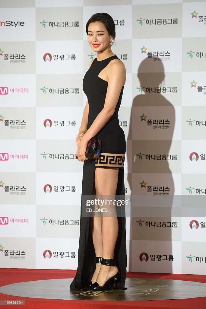South Korean actress Lee Ha-Nee arrives on the red carpet of