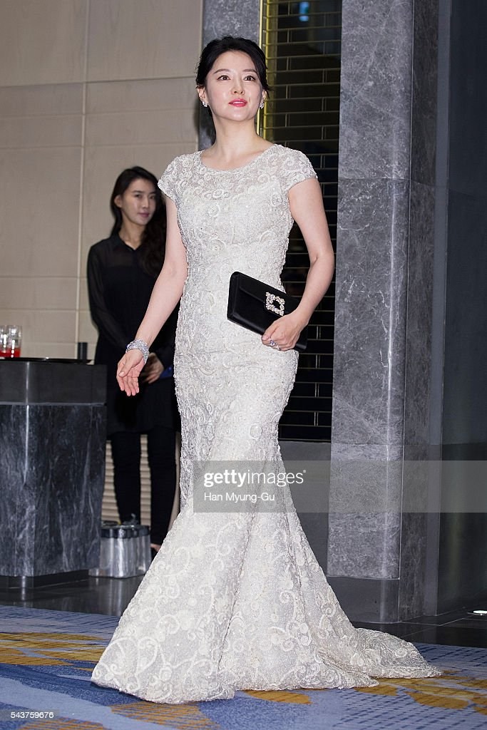 South Korean actress Lee Young-Ae attends the photocall ...