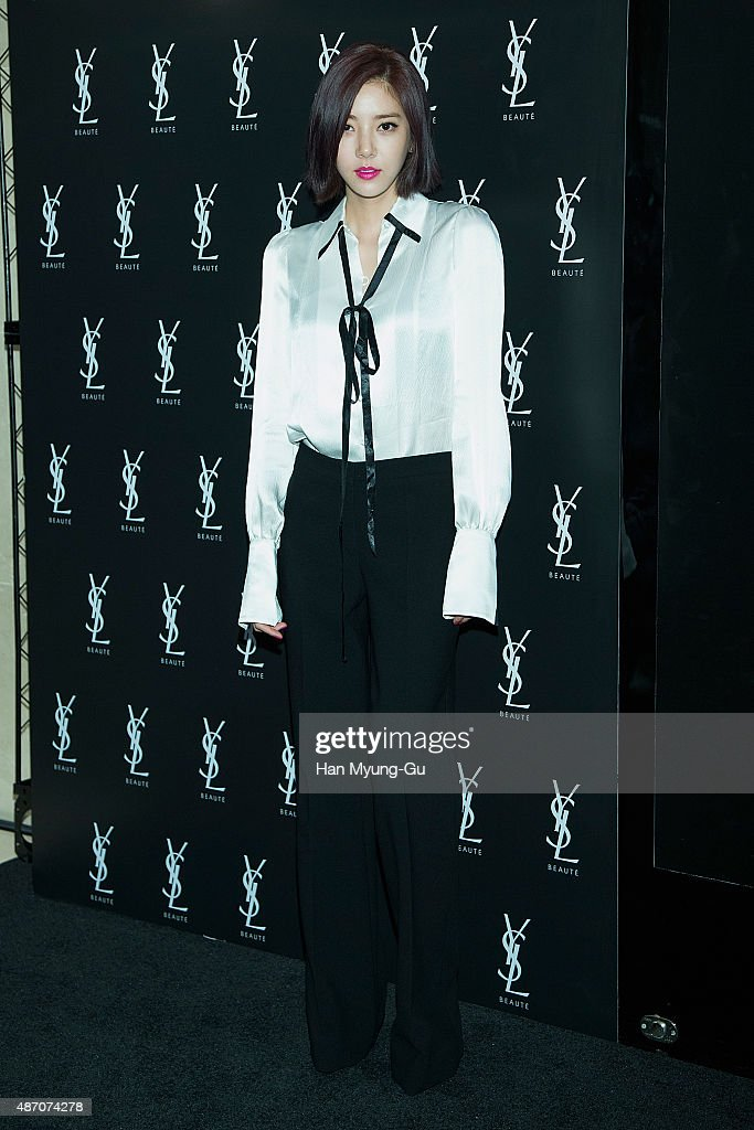 Yves Saint Laurent Beauty Couture Make-Up Show - Photocall