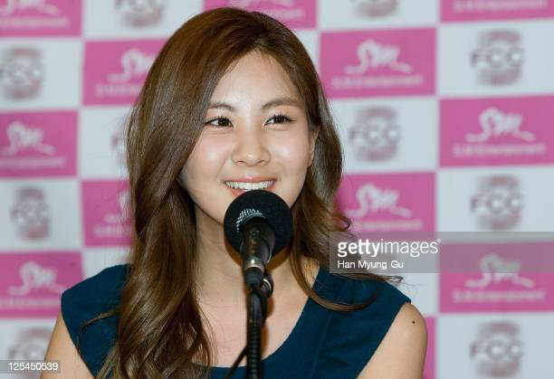 "South Korean Girl Group, Seo Hyun of Girls' Generation talks to Media during at the ""Girls' Generation"" press conference at the Seoul Foreign..."