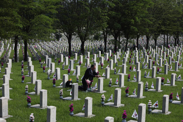 KOR: South Koreans Commemorates The Dead During Memorial Day