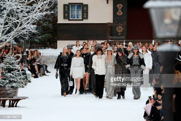 South Korean model Soo Joo Park Argentinian model Mica Arganaraz British model and actress Cara Delevingne Italian model Mariacarla Boscono and...