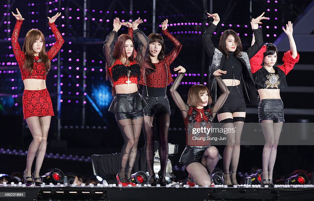 South Korean pop group T-ara perform on stage during the 20th Dream Concert on June 7, 2014 in Seoul, South Korea.