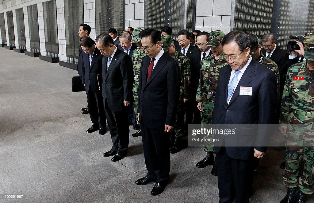 South Korean President Lee Myung-Bak pay a silent tribute before a press conference at the War Memorial on May 24, 2010 in Seoul, South Korea. President Lee announced to take the North to UN Security Council.