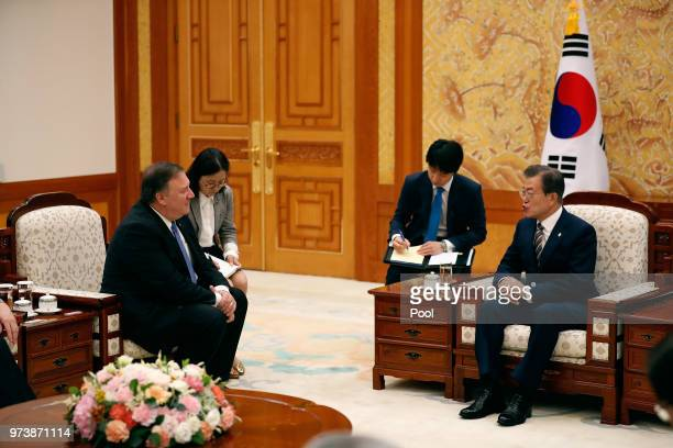 South Korean President Moon Jaein talks with US Secretary of State Mike Pompeo during their meeting at the presidential blue house June 14 2018 in...