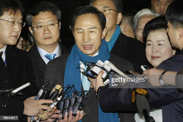 South Korean presidential candidate Lee MyungBak of the opposition Grand National Party speaks to the media after casting his ballot in the...