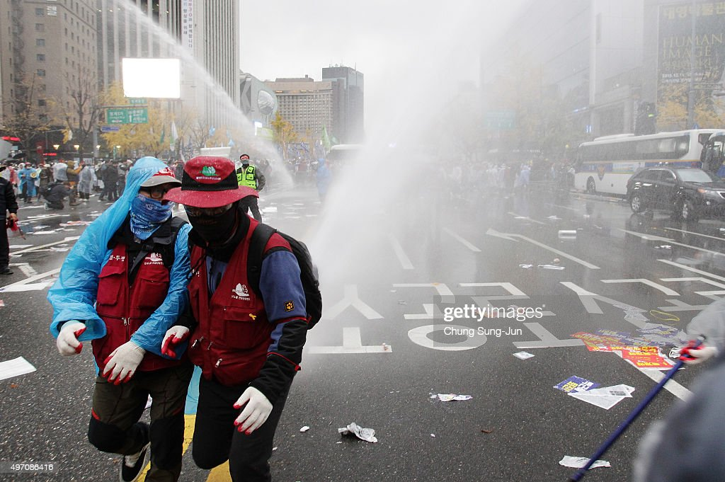 South Koreans Protest Against Government : News Photo