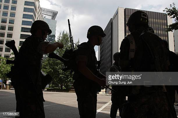 South Korean soldiers participate in an antiterror and antichemical drill session held as part of the Ulchi Freedom Guardian exercise on August 21...