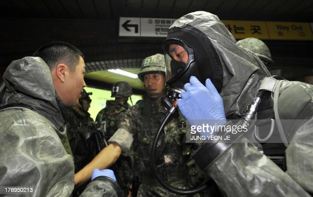 South Korean soldiers take part in an antiterror drill on the sidelines of South KoreaUS joint military exercise called Ulchi Freedom Guardian at a...