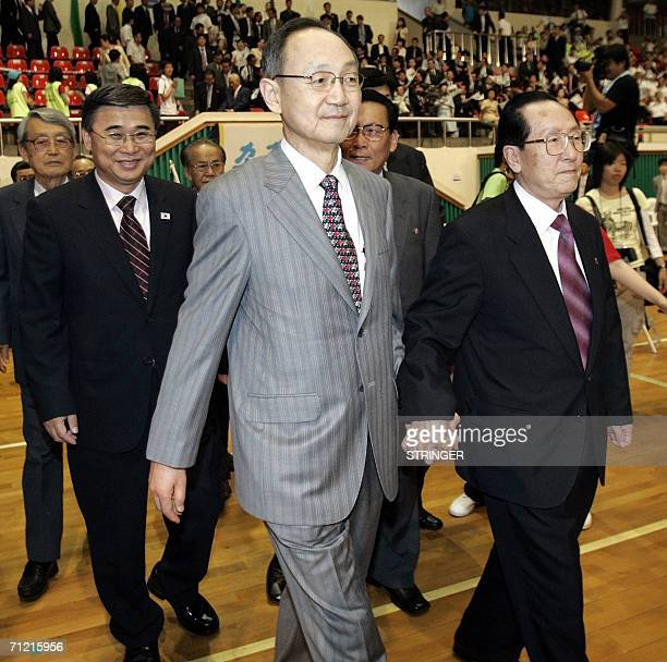 South Korean unification minister Lee Jongseok Kim Young Dae chief of the North Korean government delegation South Korean Paik Nakchung head of...