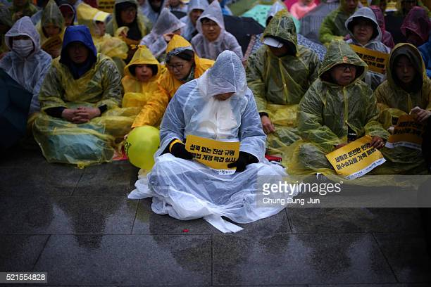 South Koreans attend the second anniversary of the Sewol disaster on April 16 2016 in Seoul South Korea On April 16 the Sewol ferry carrying 476...