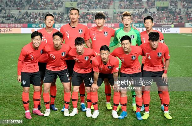 South Korea's players pose for a team photo prior to the World Cup 2022 Qualifying Asian zone Group H football match between South Korea and Sri...