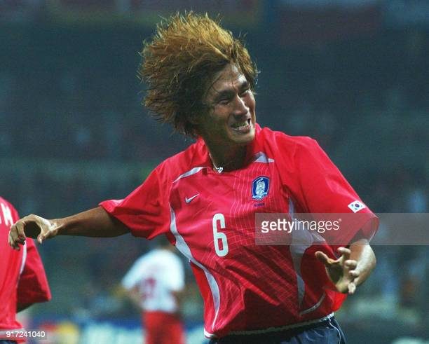 South Korea's Yoo Sang Chul celebrates after scoring against Poland in the 53rd minute, 04 June 2002 at the Busan Asiad Main Stadium in Busan, during...