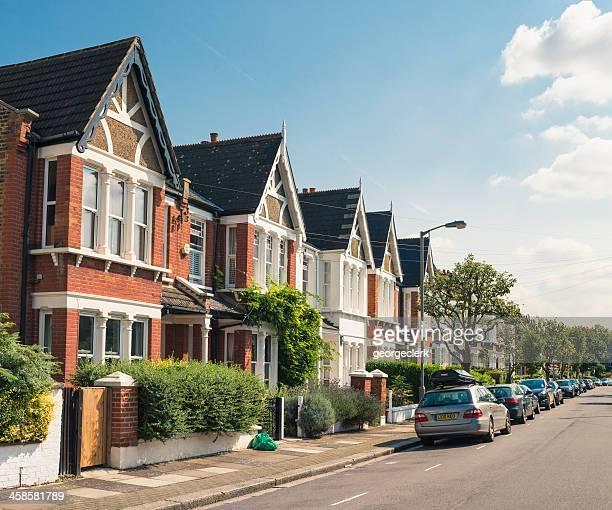 south london-viktorianischen wohnen - terrassenfeld stock-fotos und bilder
