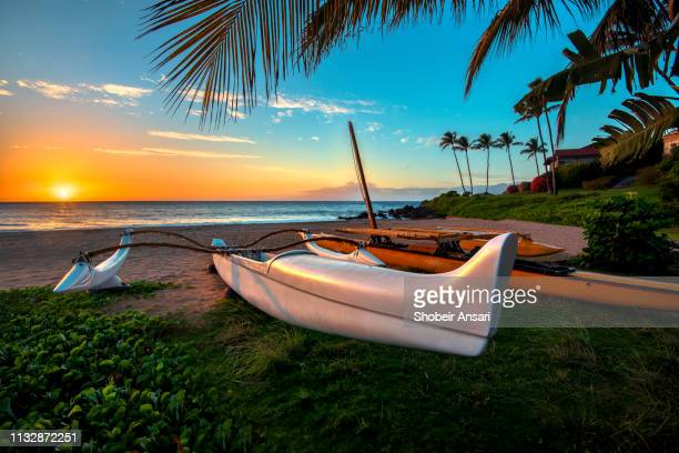 south maui beach at sunset, maui, hawaii - category:census-designated_places_in_honolulu_county,_hawaii stock pictures, royalty-free photos & images