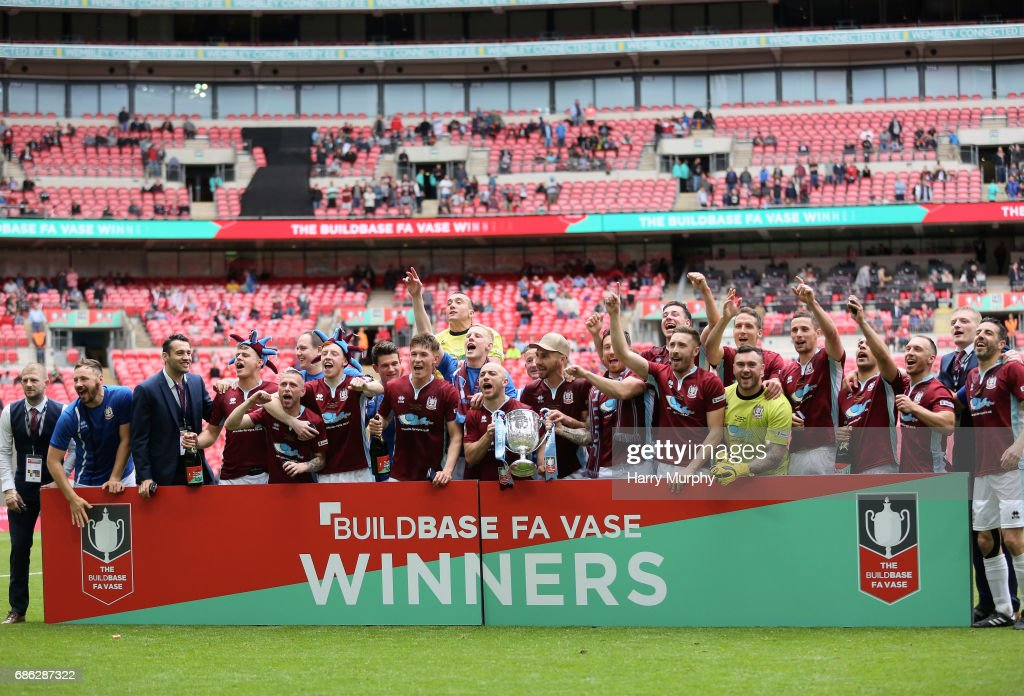 South Shields Players Celebrate Winning The Fa Vase Trophy After The