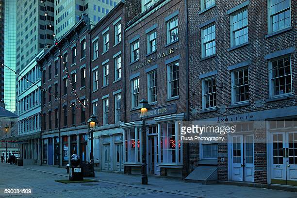 south street seaport, street at twilight - south street seaport stock pictures, royalty-free photos & images