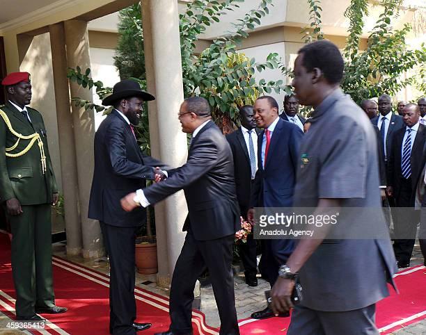 South Sudan President Salva Kiir Mayardit welcomes Ethiopian Prime Minister Hailemariam Desalegn and Kenyan President Uhuru Kenyatta prior to a...