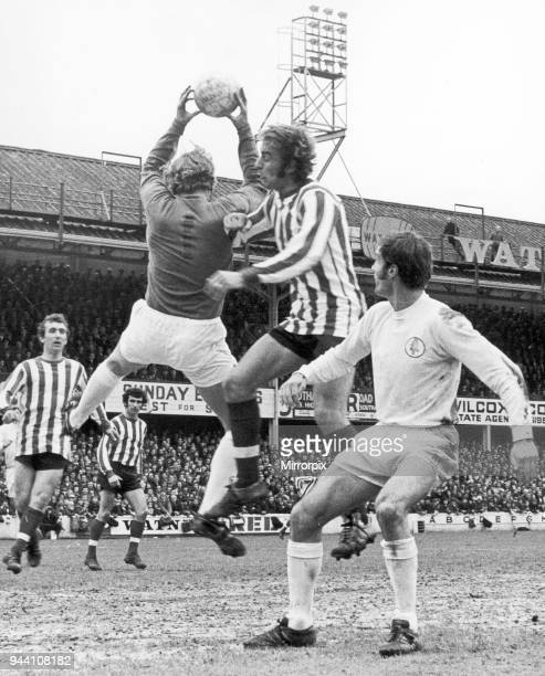 Southampton 03 Leeds United league match at The Dell Saturday 24th April 1971 Ron Davies of Southampton challenges Leeds goalkeeper Gary Sprake for...