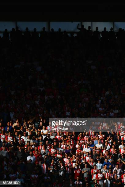 Southampton enjoy the match during the Premier League match between Southampton and Manchester United at St Mary's Stadium on September 23 2017 in...