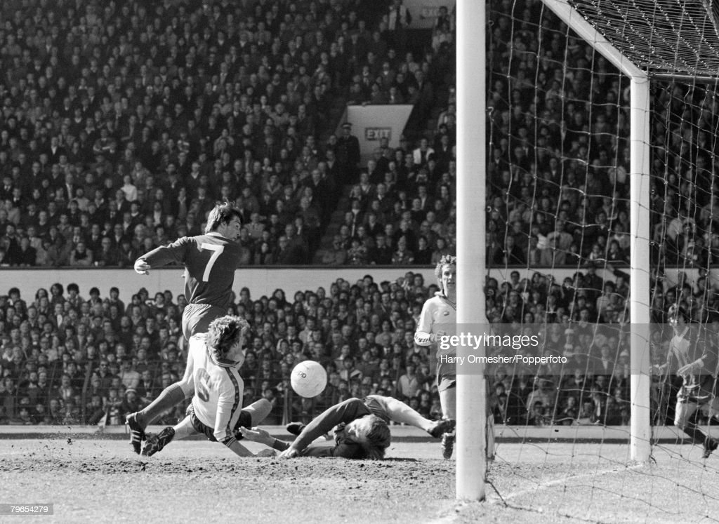 5th May 1979, Anfield, Liverpool, Liverpool 2 v Southampton 0, Southampton goalkeeper Peter Wells and defender Malcolm Waldron (6) thwart Kenny Dalglish's effort : News Photo